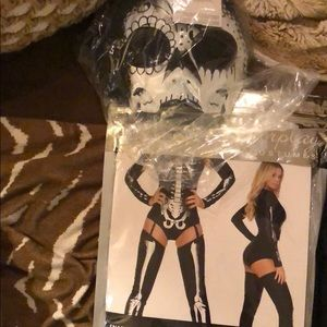NWT Yandy Halloween costume with mask